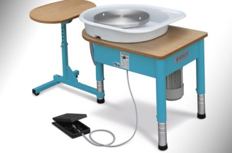 Artist workshop equipment